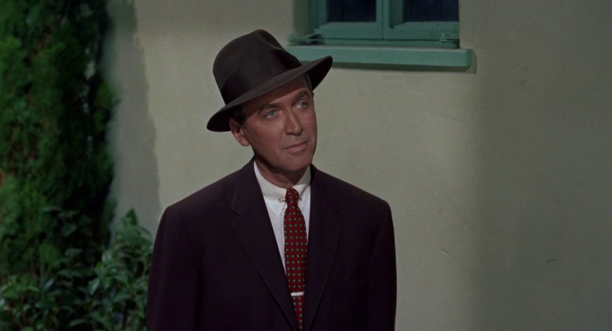 The contrasting colours of red and green - opposites on the colour wheel - are combined in Scottie&#39;s ties to express his inner conflict ~ Vertigo (1958) Dir. Alfred Hitchcock <br>http://pic.twitter.com/A4dN2xjKuB