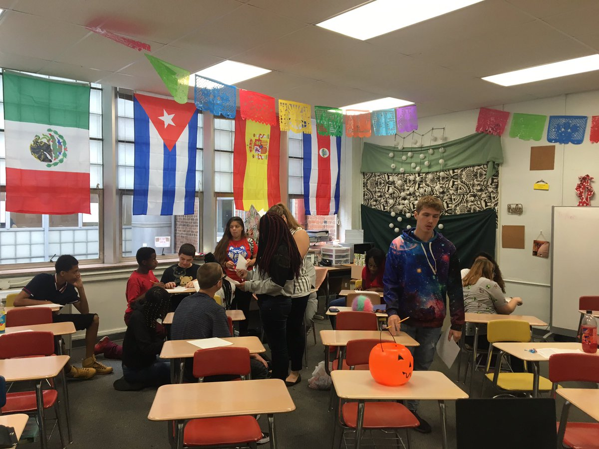 bob longworth on twitter getting to know you activities in high school spanish classes today. Black Bedroom Furniture Sets. Home Design Ideas