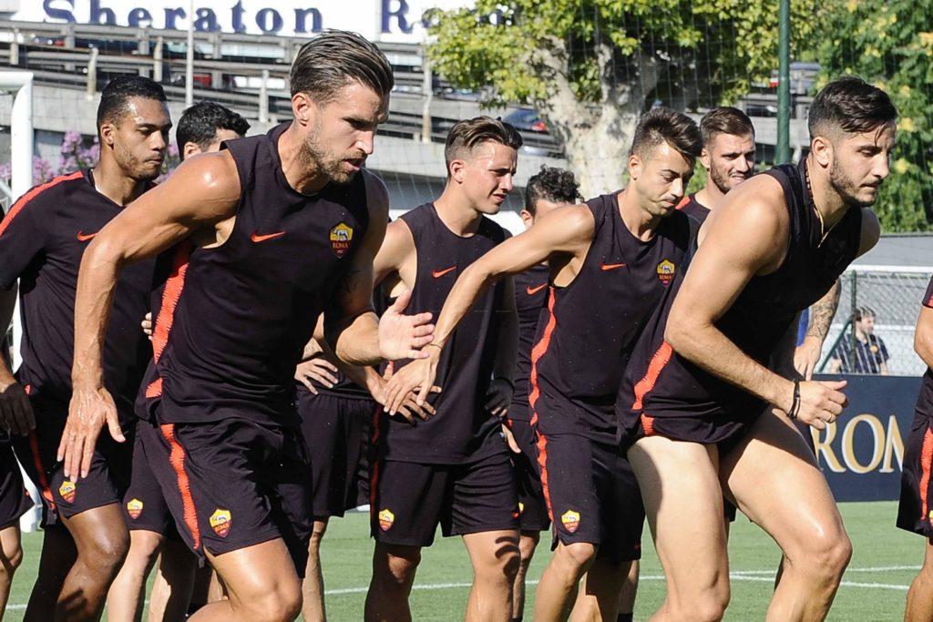 #Trigoria. Allenamento mattutino con lavoro atletico e tattico. Prima anche per #Nzonzi <Rivista LA ROMA>(https://is.gd/dIbVKU) #15agosto #ASR #ASROMA #TorinoRoma  - Ukustom