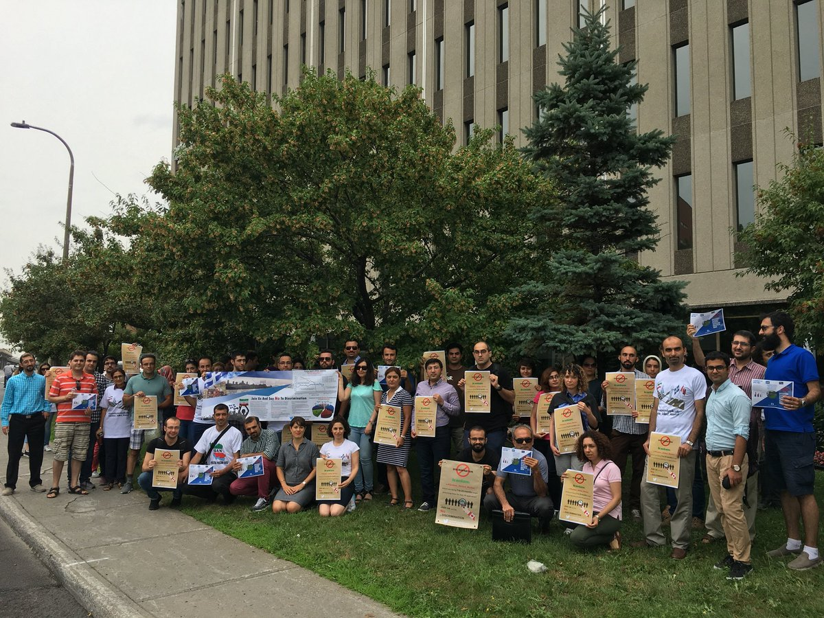 Right now infront of @JustinTrudeau office at @montreal 1100 cremazie east, montreal. Covered by @CBCNews . @CTVMontrealBRK #delayediranianapplications #Quebec_Skilled_Worker<br>http://pic.twitter.com/ntqite1CJI