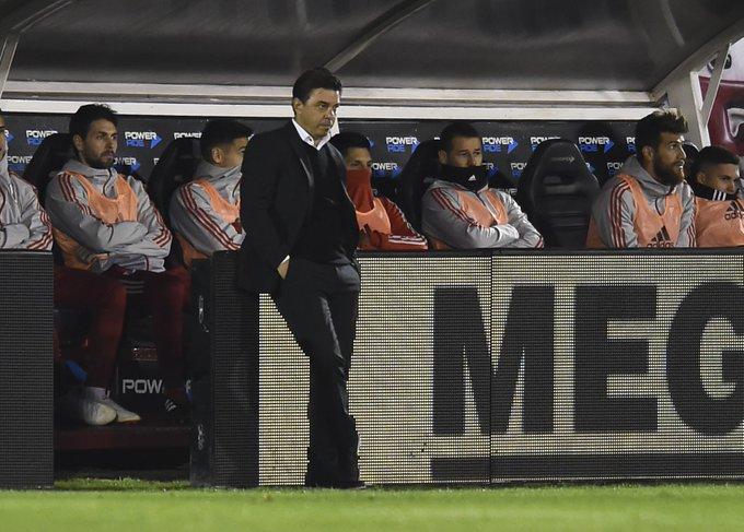 #River Más problemas para Gallardo, un titular sufrió un esguince de rodilla: Foto