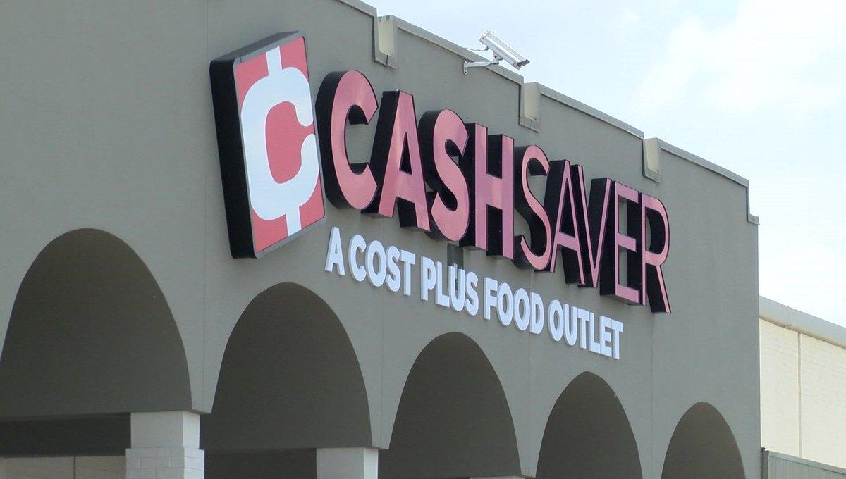Cash Saver opens in old Kroger building https://t.co/x2xMsVRJB4 | #wmc5
