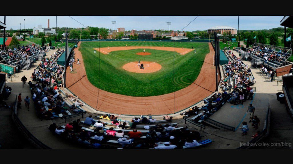 I am excited to announce I have committed to Ohio University to further my education and baseball career. Thank you to my family, coaches, teammates and friends who have helped me in this process. #BobcatNation #BleedGreen @Ohio_Baseball @PBRIndiana @PerfectGameUSA<br>http://pic.twitter.com/CHbctgk2Yr