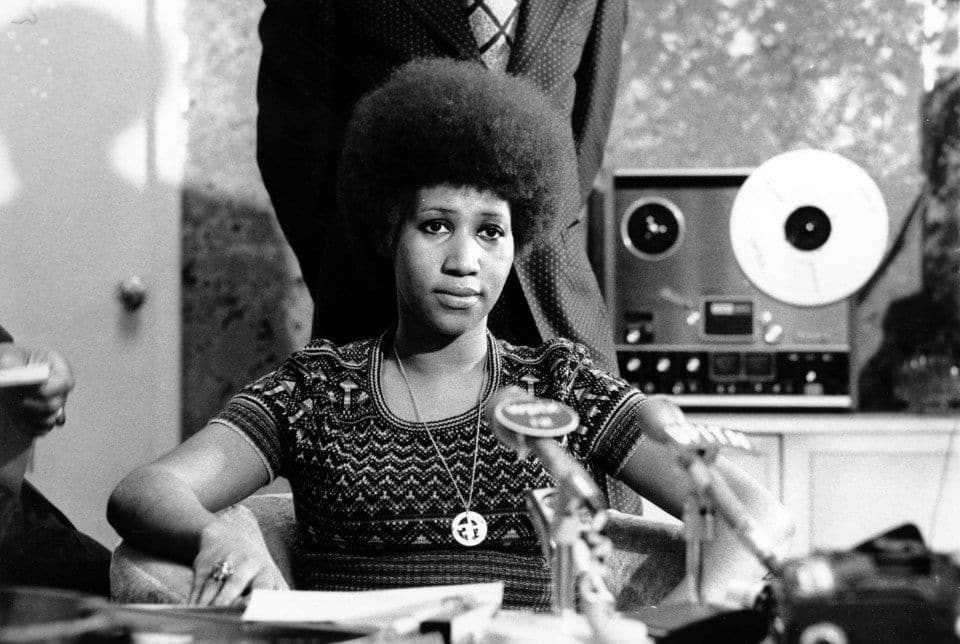 How #ArethaFranklin's 'Respect' became an anthem for #CivilRights and #Feminism  http:// ow.ly/2p5s30lpLAY  &nbsp;   @washingtonpost<br>http://pic.twitter.com/lQPrd4X581