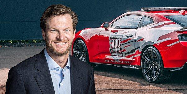 .@DaleJr to Drive Camaro ZL1 Pace Car at #Brickyard400   STORY: https://t.co/w0J0HXncxz  #NASCAR | #AskMRN
