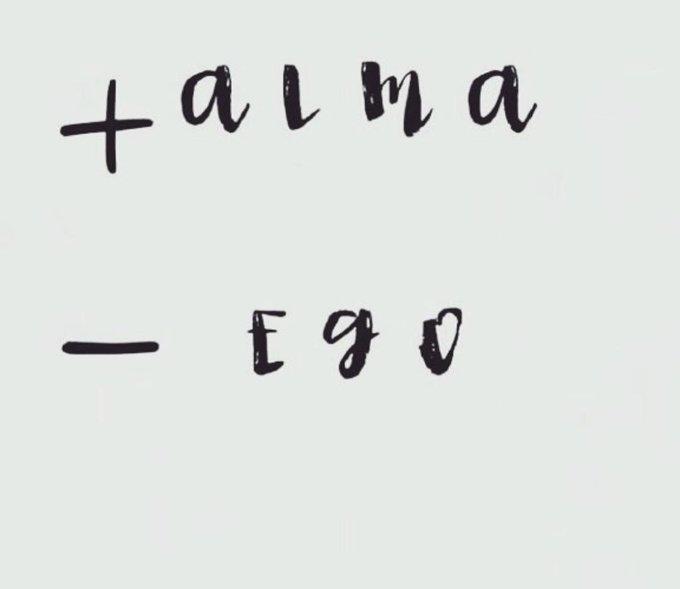 ¿Quiénes más, como yo, piensan que a este mundo le falta más alma? ¡Qué buena la vida con dicha!, sin tanto ego, con más amor. #FelizMiércoles Photo