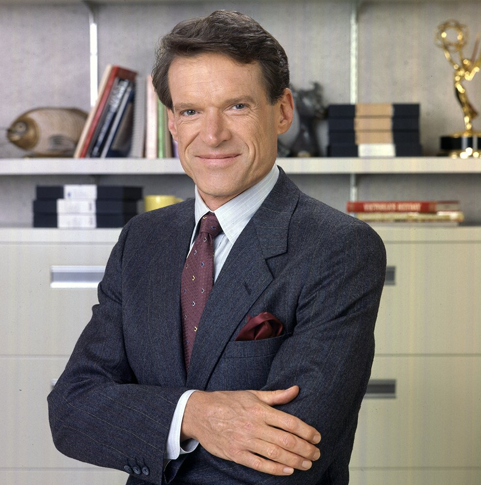 You&#39;ve been wondering... You&#39;ve been asking... You&#39;ve been waiting...  And now we&#39;re thrilled to share that Charles Kimbrough will be reprising his role as Jim on #MurphyBrown this fall on CBS! <br>http://pic.twitter.com/GwPgMTU6go
