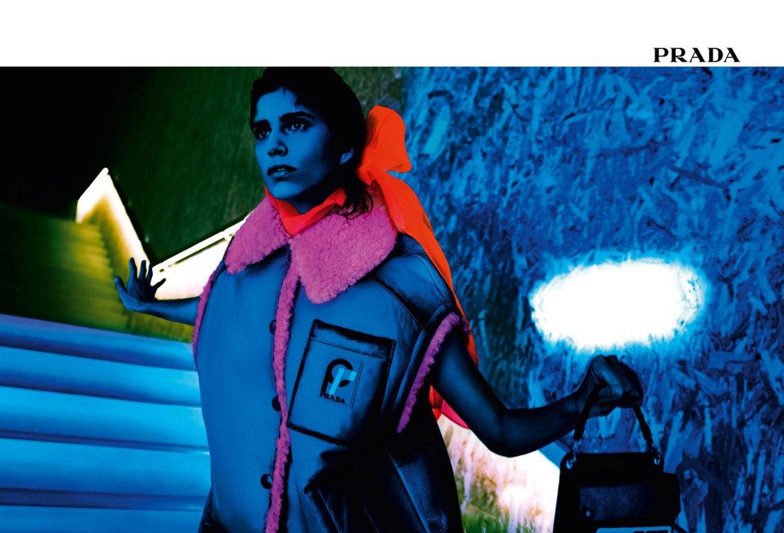 Advert, campagna pubblicitaria, versace, autunno inverno 2018/2019, dior, woolrich, colori, modelle, modelli, bellezza, moda, nuova stagione, catwalk, photoset, servizio fotografico