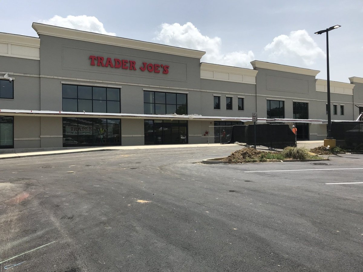 Trader Joe's looking to hire 100 people ahead of September opening #wmc5 >> https://t.co/dORbfOLNNv