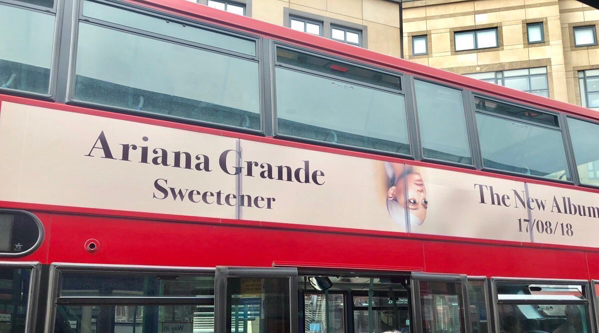 #Sweetener promo spotted in London <br>http://pic.twitter.com/zN93jHQpAJ
