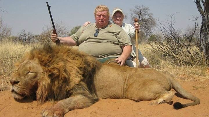 There's only one beast in this photo, and it's the fat ass murderous @realDonaldTrump supporter.  Retweet if you think we should #BanTropyHunting <br>http://pic.twitter.com/u0XBHTS6B1