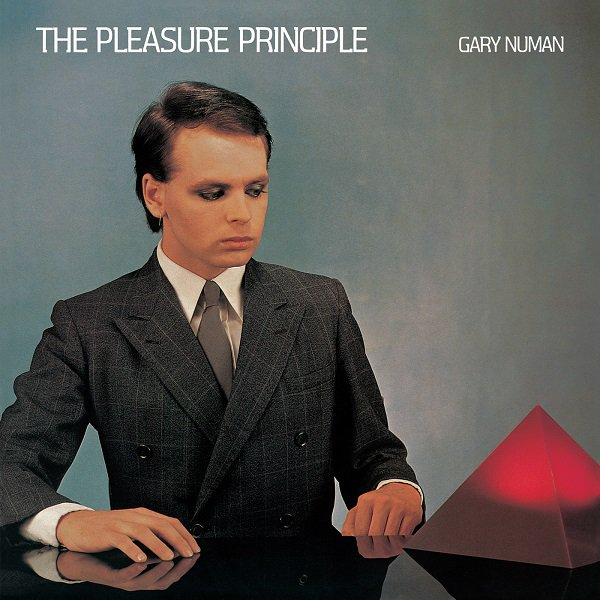 3 in a row from The Pleasure Principle ,,,,,, #soundstoryclassicalbums #nowplaying  #vinyl Gary Numan - Metal   https:// youtu.be/kLfz2bbxxuM  &nbsp;  <br>http://pic.twitter.com/fMnfz274Sc
