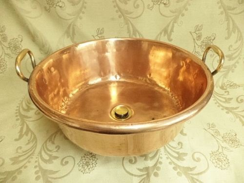 Up cycled and vintage and in my #etsy shop: Copper bathroom sink made from a French copper jam pan  https:// etsy.me/2nDgsZo  &nbsp;   #allthingsfrenchstore #vintageshowandsell #copperbathroom #countrydecor<br>http://pic.twitter.com/ydlbSbR32a