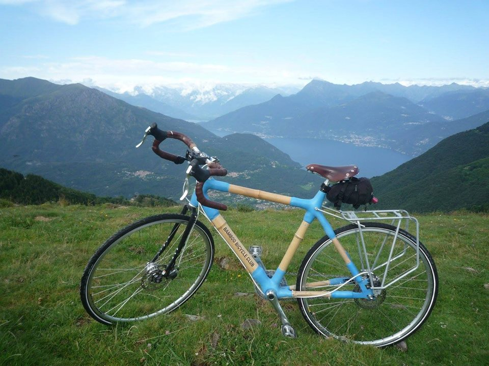 My bamboo bicycle that I built 2 years ago was sadly stolen today in my &quot;secure bicycle storage facility&quot; at the complex I live in Islington. <br>http://pic.twitter.com/BTw9hzIhAW