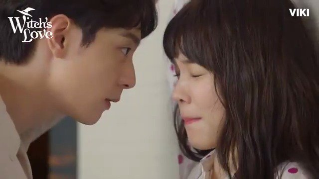 Omo! WHAT did #YoonSoHee do to #HyunWoo last night in #WitchsLove!? Watch more on Viki: bit.ly/WitchsLoveTW