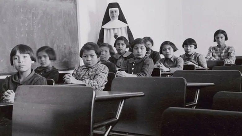 Ottawa to declare federal holiday to mark legacy of residential school system via @JPTasker  https://t.co/pHFmP0iOck https://t.co/MXbr98bqqL