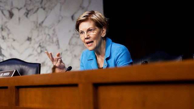 Warren introduces proposal that would let workers elect their corporate board members, hold employers accountable  http:// hill.cm/wWVR7qY  &nbsp;  <br>http://pic.twitter.com/R7CHfAsGKi