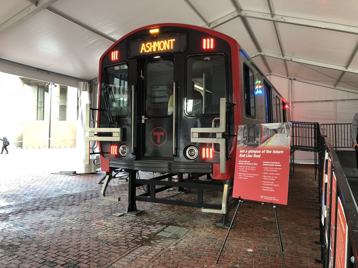 As we celebrate a 'balanced' #MBTA budget and show off the #RedLine mock-up, a reminder that slow zones due to deficient tracks and structures will keep lengthening our commutes even if we do have new trains... #FixItMBTA<br>http://pic.twitter.com/Lak8HBB6yU