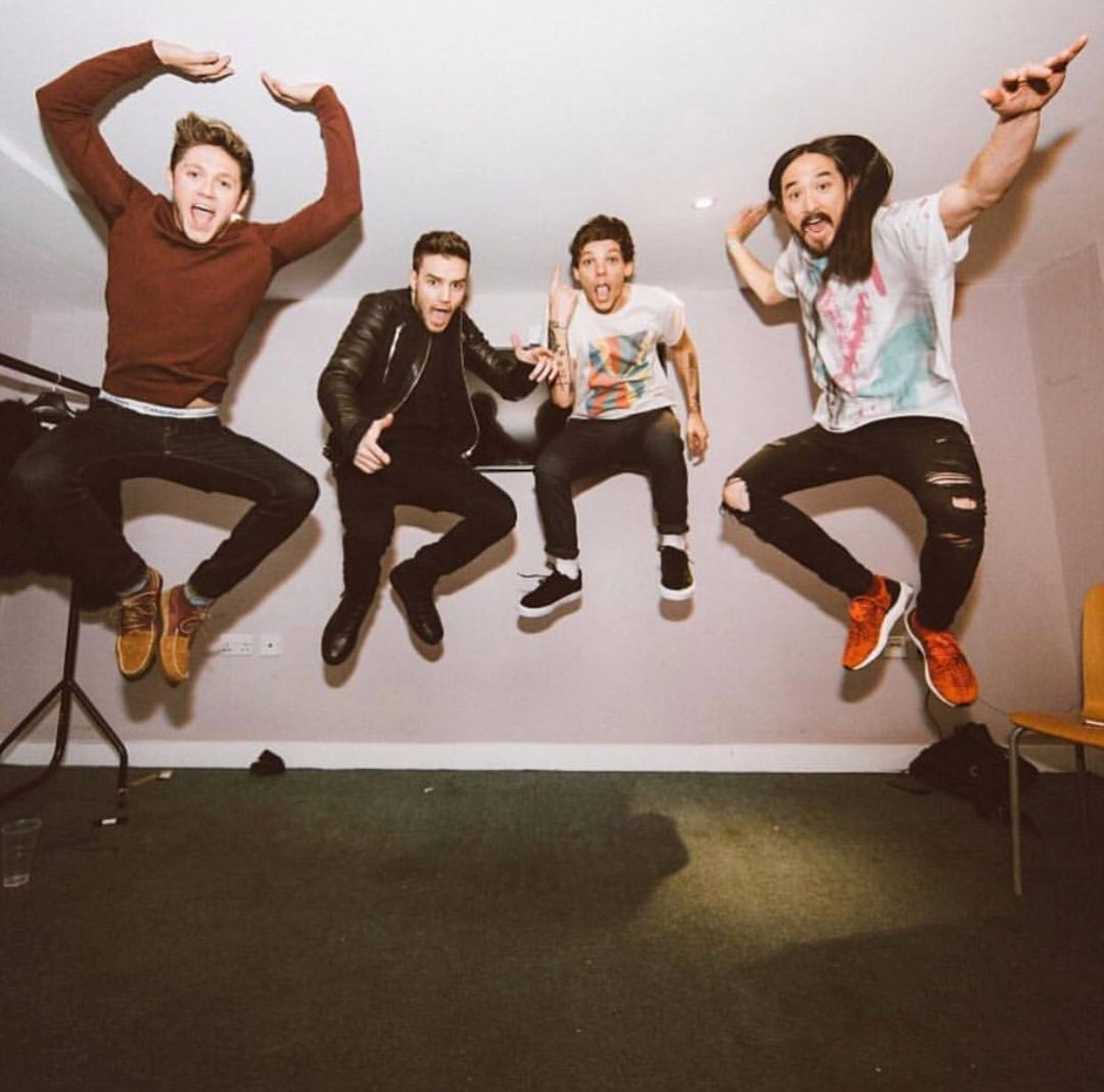 Who would you want to #AokiJump with?