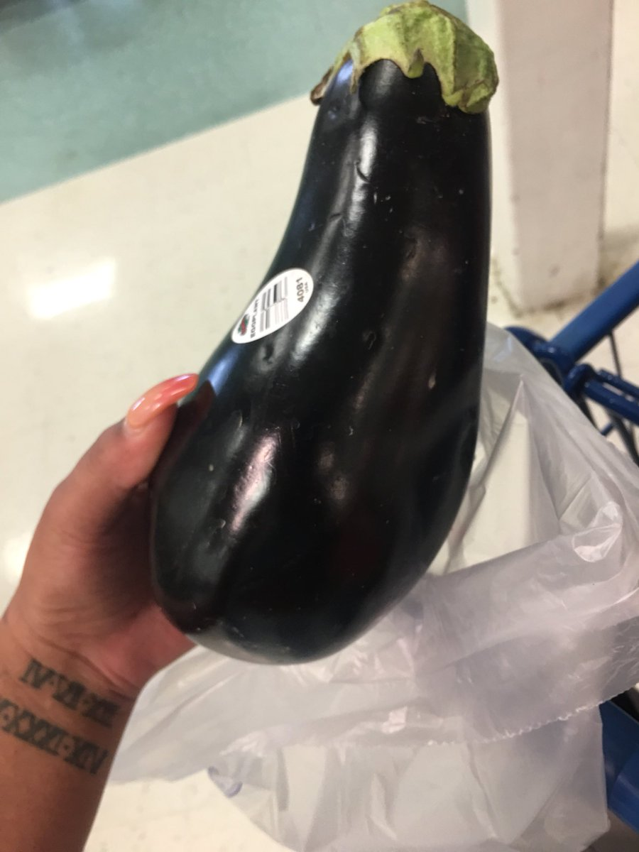 Anybody Have Any Good Eggplant Recipes They Wanna Share?! https://t.co/HruFZuCa0Y