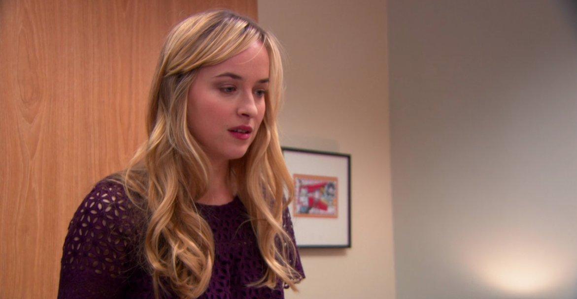 Acabo de reconocer a Dakota Johnson en el final de The Office.