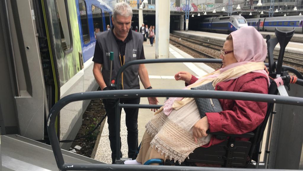 [Reportage] France: prendre le train en étant handicapé https://t.co/QtTroYS3gC