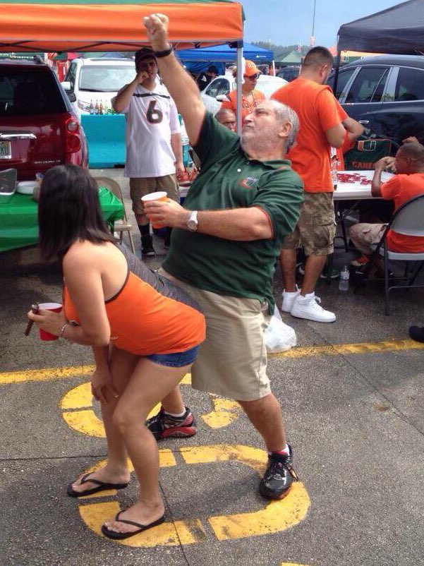 Got The Word Just Now @mrallcanes Has A Location &amp; A JAM SET For Saturday Night In Dallas 5:PM-9:30 DJ SPINNING MIAMI MUSIC, FULL BAR, APPETIZERS, CANE GREATS &amp; A Pretty Good MC The @allCanesShop DALLAS JAM IS ON LIKE DONKY KONG #CanesFamDallasTakeOver<br>http://pic.twitter.com/SNbyCcsleN