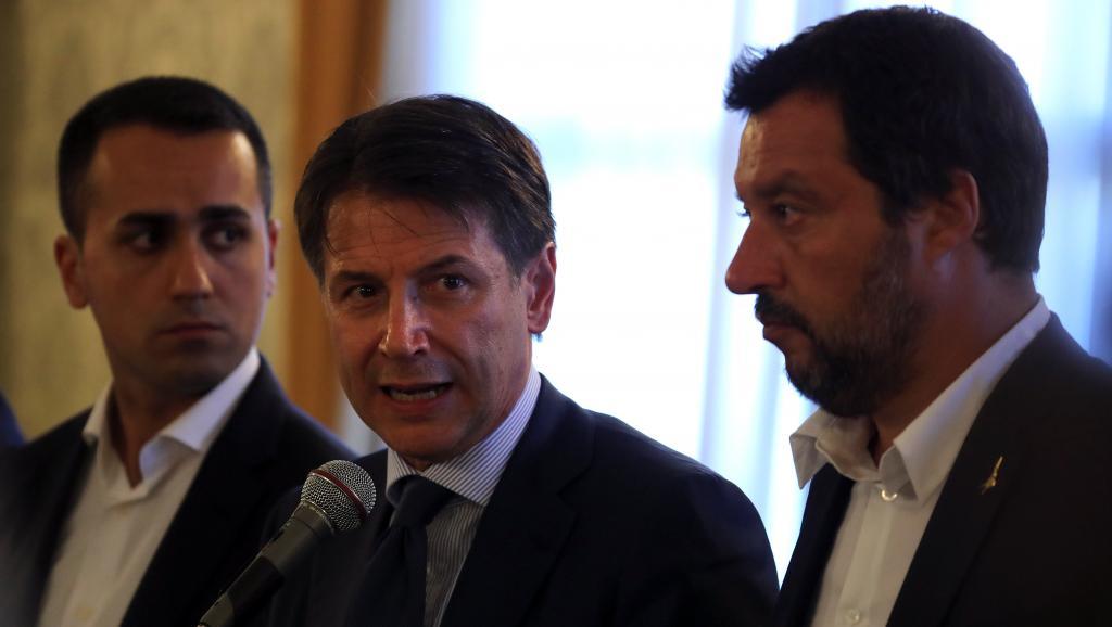 Après le drame, l'Italie décrète l'état d'urgence pour un an à Gênes https://t.co/bYi9WQTWnY