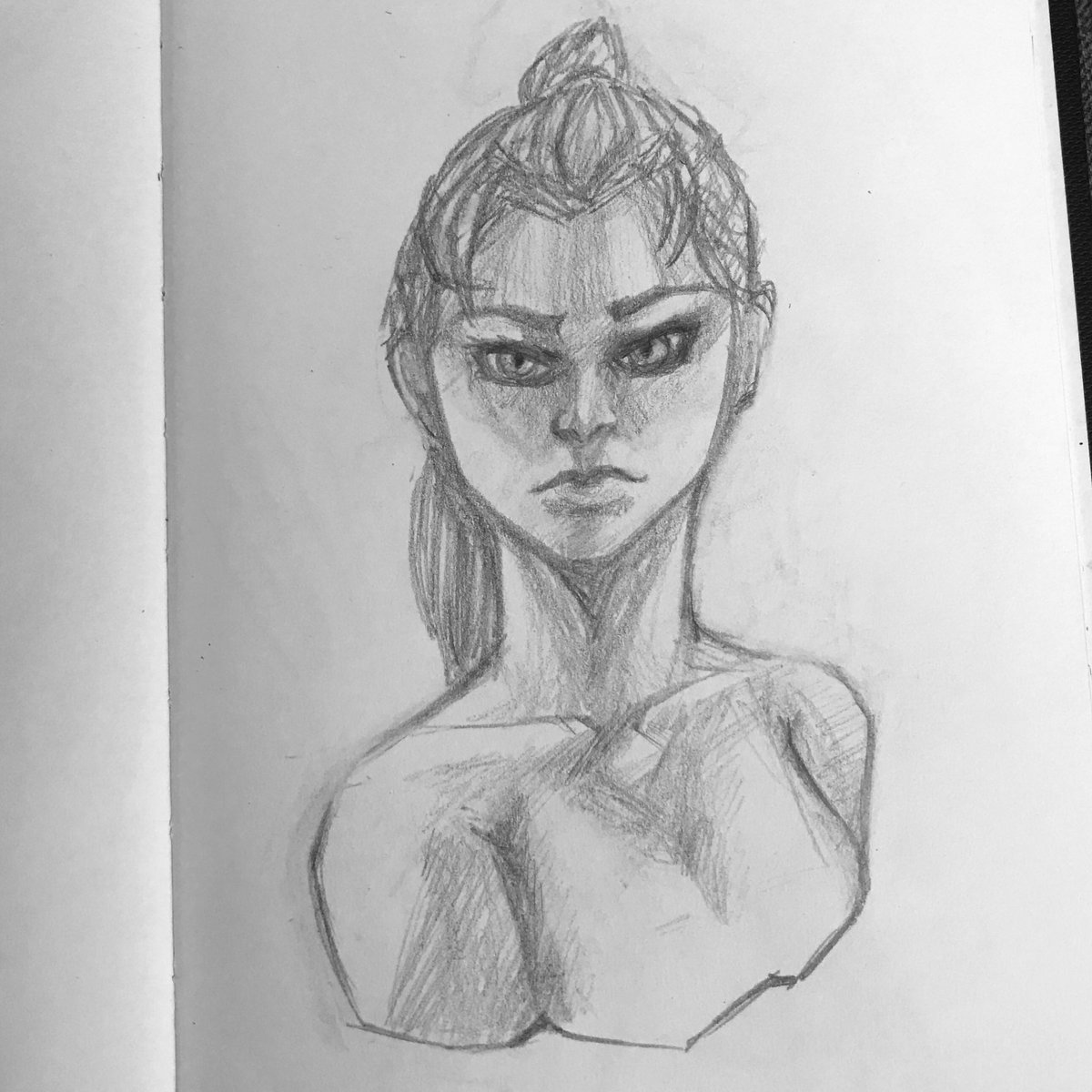 Fosni on twitter a quick sketch of very snake like lady drawing sketch traditional mechanicalpencil sketchbook artist art artistsontwitter