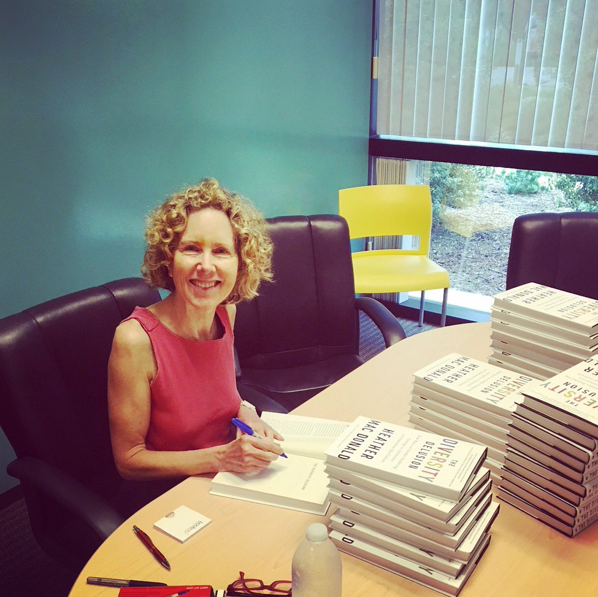 Signing advance copies of my forthcoming book on the #diversitydelusion – publishing September 4.  https://www. manhattan-institute.org/diversity-delu sion &nbsp; … <br>http://pic.twitter.com/MvSHCVmJcf