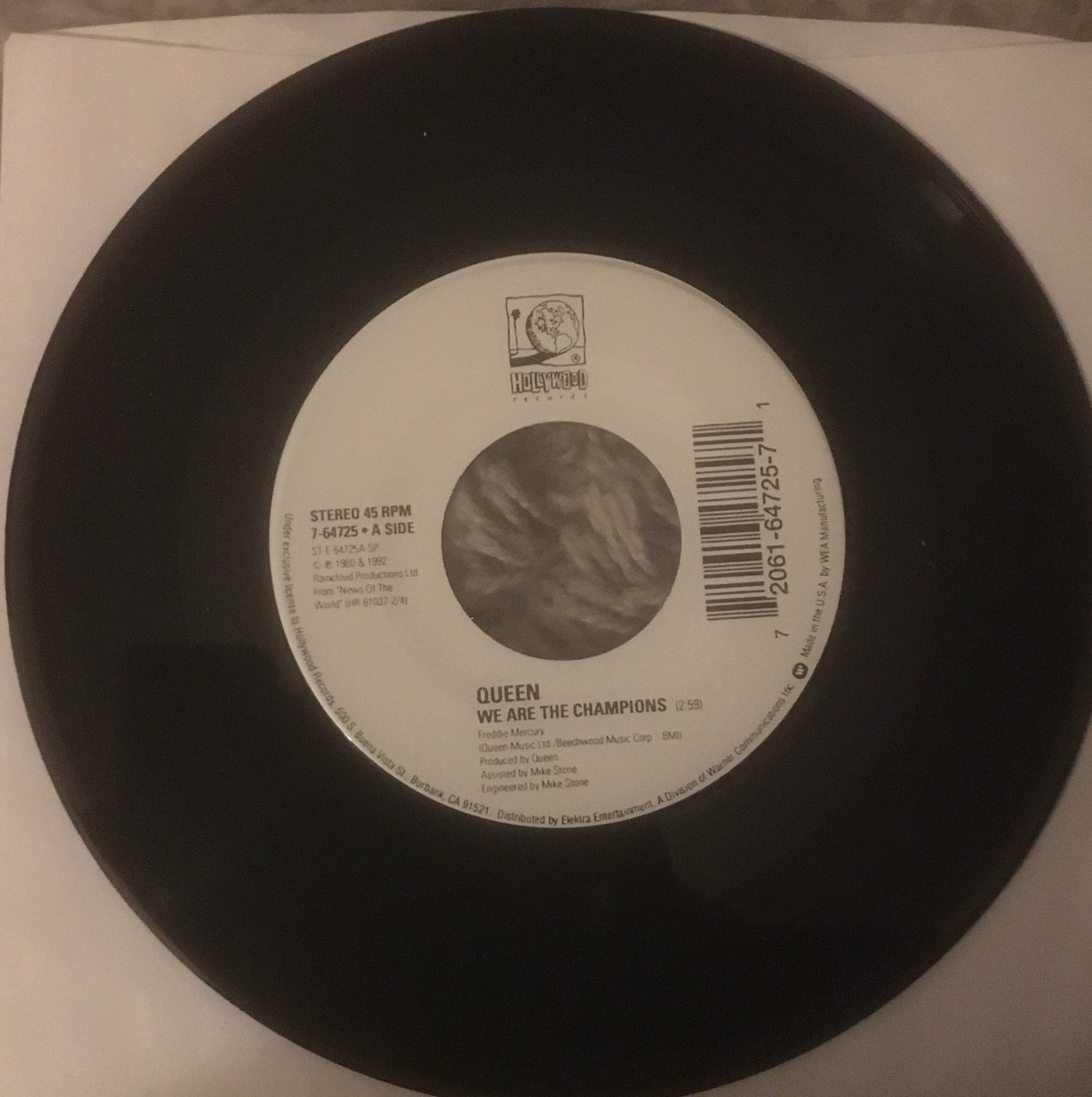 """228/ """"We Are The Champions - These Are The Days Of Our Lived"""": 7"""" USA juke box disc. I have a feeling it was released to celebrate Queen's new contract with Hollywood records; released in July 1992 #Queen #FreddieMercury #BrianMay #JohnDeacon #RogerTaylor<br>http://pic.twitter.com/gayzTZcRay"""