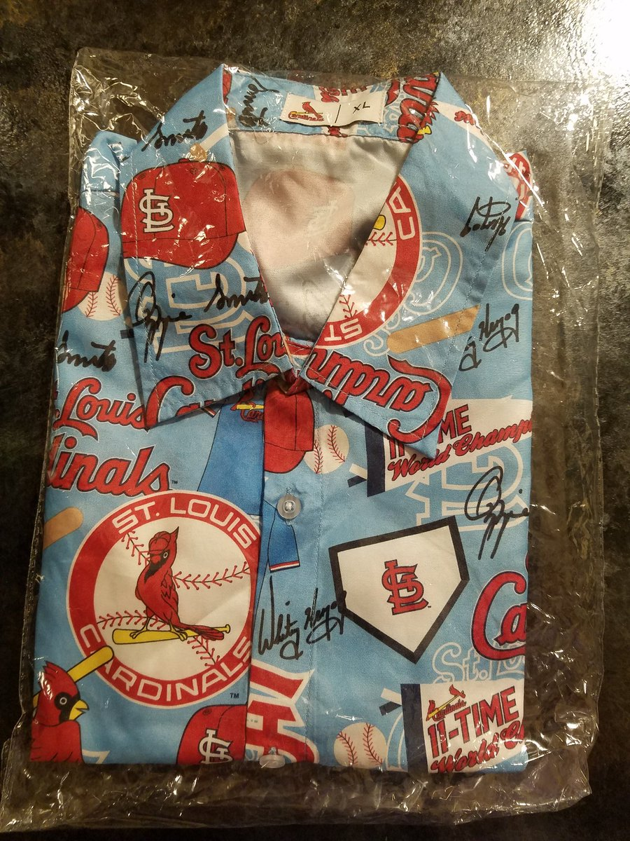 Found this Cardinals All Over Print Shirt still in the plastic from a stadium giveaway earlier in the season. I&#39;ll give it away later tonight. RT for a chance to win. #STLCards <br>http://pic.twitter.com/1UAuPRV22Z