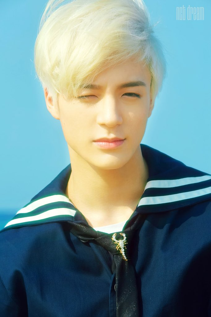 BLESSING YALLS TIMELINE BY BRINGING BACK WE YOUNG JENO <br>http://pic.twitter.com/DDaArbQxN1
