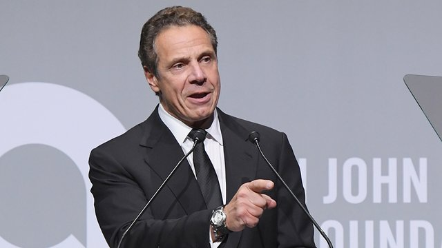 WATCH: NY governor booed for saying America 'was never that great' https://t.co/cSedXY42yl