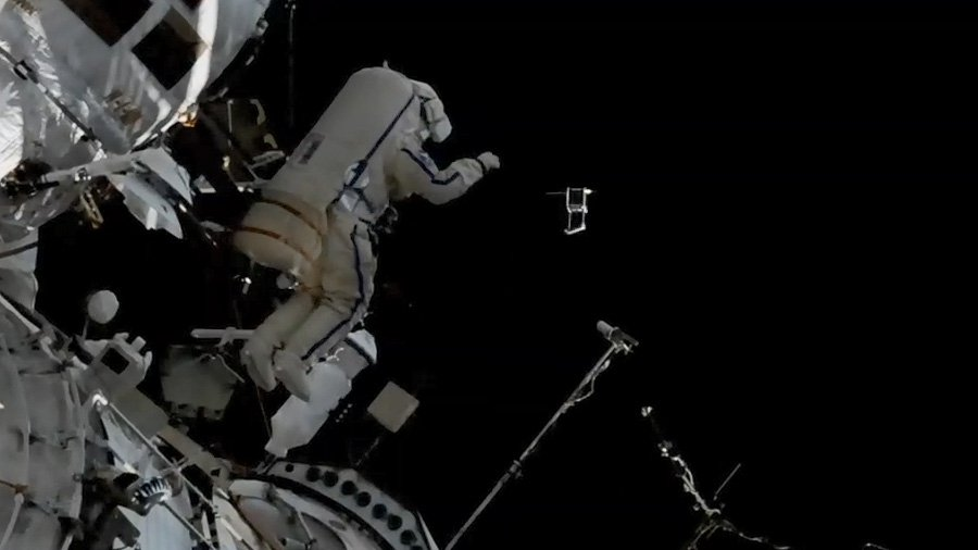 Cosmonauts Oleg Artemyev and Sergey Prokopyev completed a 7 hour, 46 minute spacewalk today at 8:03pm ET today after deploying tiny satellites and installing the Icarus experiment. https://t.co/EfTxGkVdaE