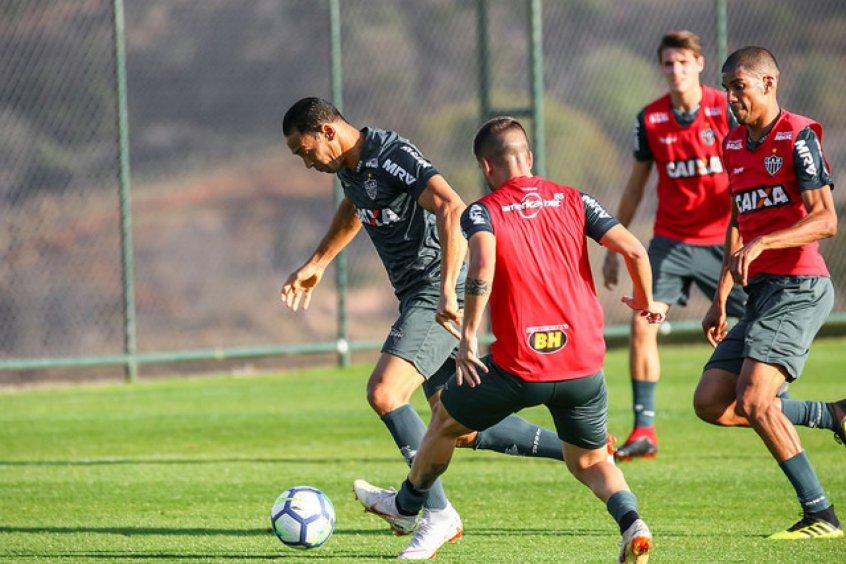 Com Cazares e Nathan, Galo pode ter formação ofensiva contra o Botafogo https://t.co/D65Wk8xJNX