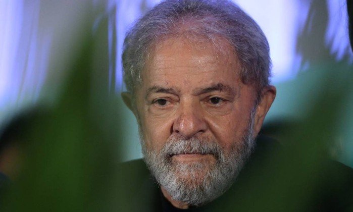 Defesa de Lula quer tirar de Barroso análise sobre registro de candidatura. https://t.co/YF5e4o5mCh