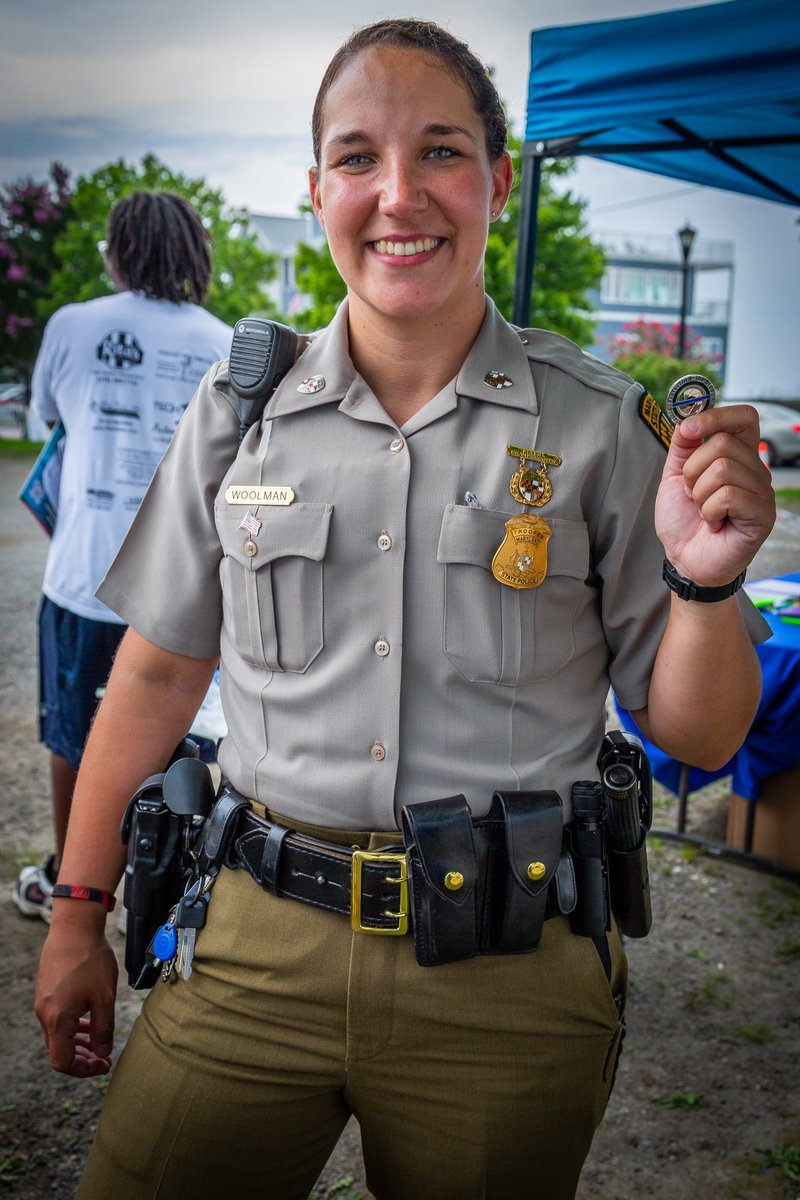 Trooper with Maryland State Police and her new lucky PtB challenge coin! #protectingtheblue #LawEnforcement #ThinBlueLine #MarylandStatePolice #trooper #becarefuloutthere<br>http://pic.twitter.com/MPtjits2Ll