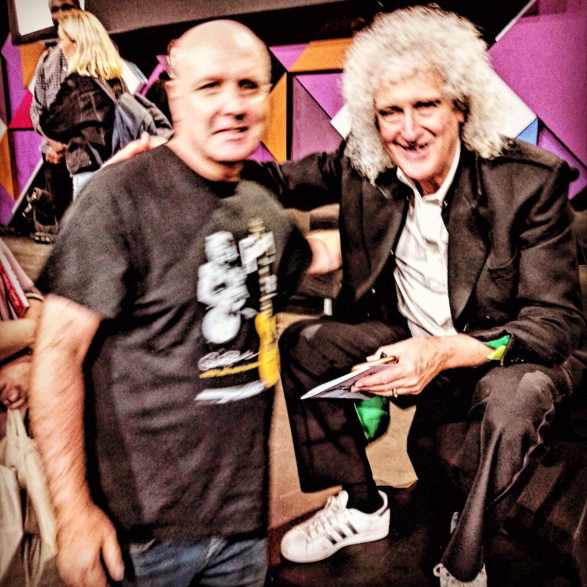 Met one of my guitar heroes Brian May last night! Brian was one of the guests on the BBC radio 4 live broadcast of the Front Row show at the BBC at Edinburgh Festival tent!#brianmay#queen#edinburghfringe#edinburghfestival#bbc <br>http://pic.twitter.com/E1rmoiRT3i