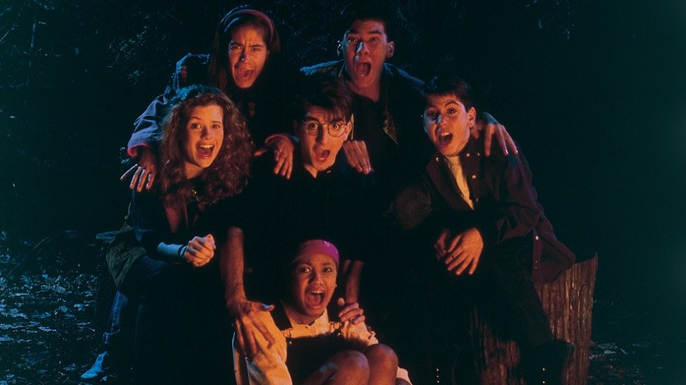 #AreYouAfraidOfTheDark turns 26 today. Here's our picks for the 8 scariest episodes: https://t.co/DSU3tQdeo7 https://t.co/hEjKOtknPe