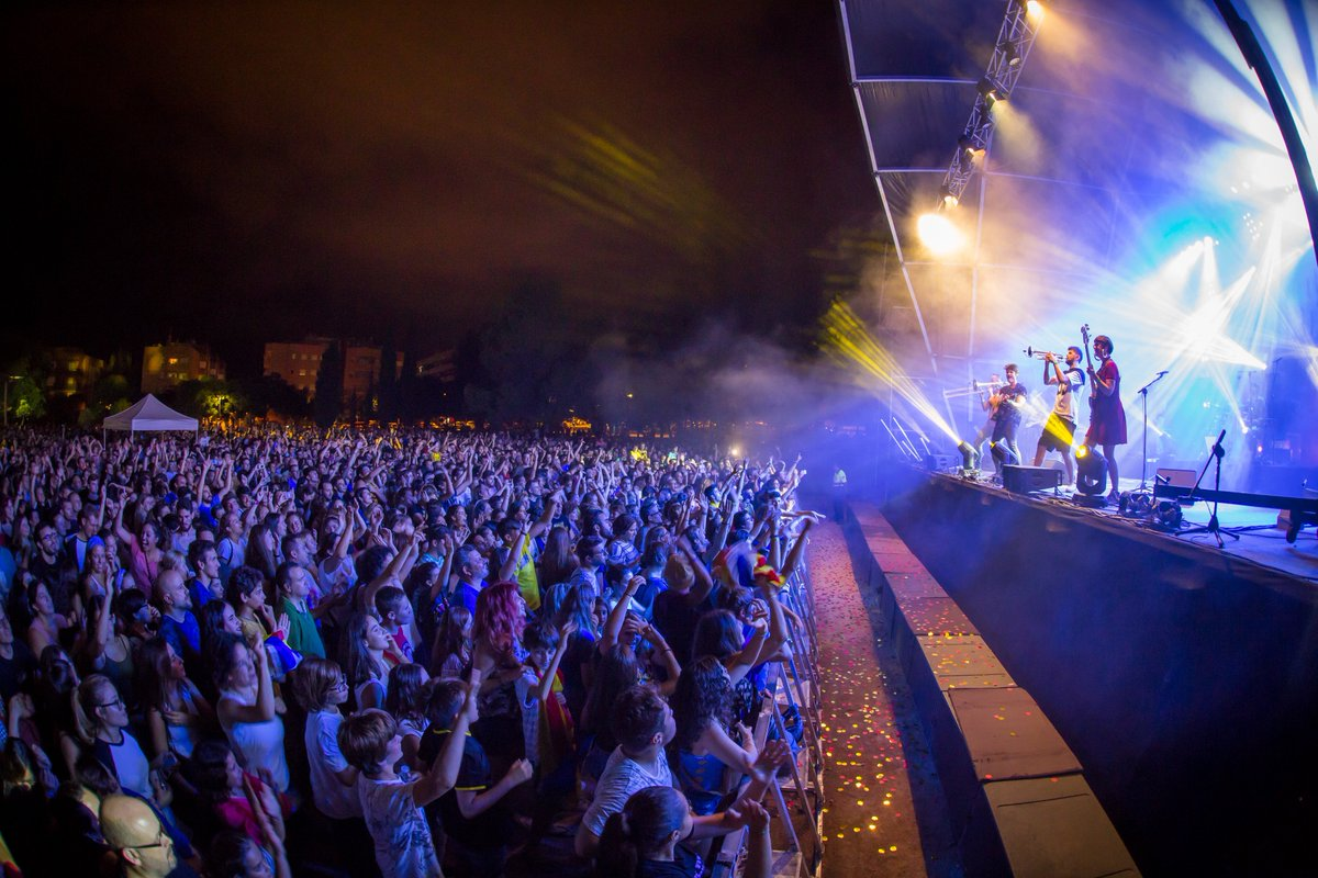 La Festa Major deixa per al record cinc dies plens de música, participació i cultura popular: elcastell.org/ca/index/13117…
