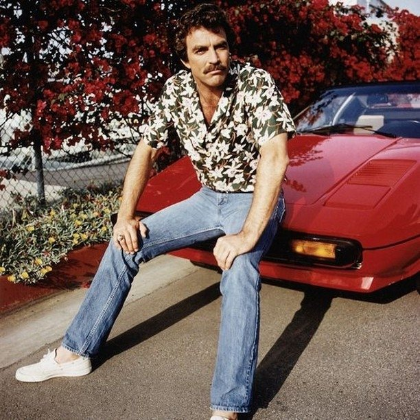 Bumping into an old series on TV and swooning when you see your very first crush! #TomSelleck #MagnumPI <br>http://pic.twitter.com/0Wgn6gndjH