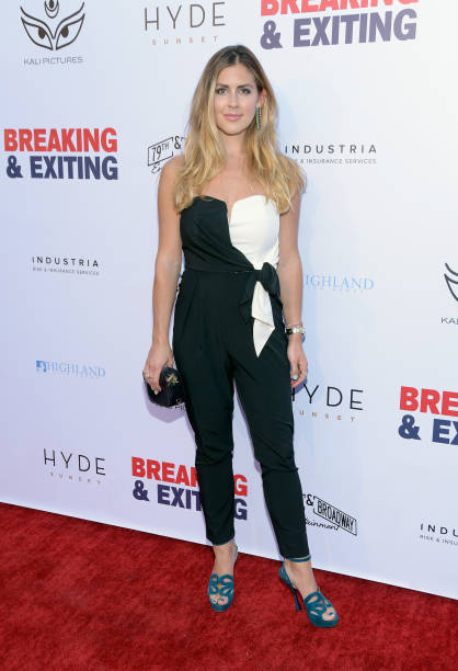 @wrennwoods looked fantastic at the #BreakingAndExiting premiere