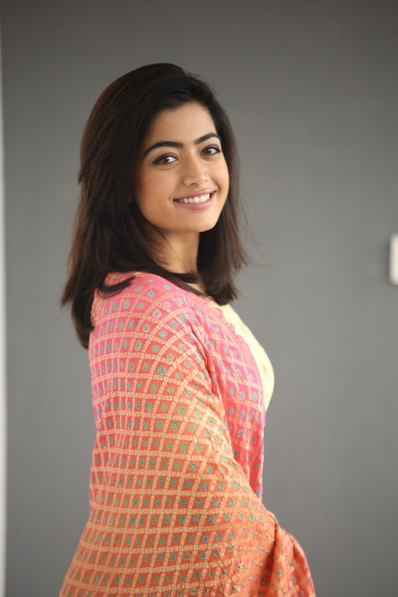 Sandalwood Babe Rashmika Trolled by her own Kannada fans