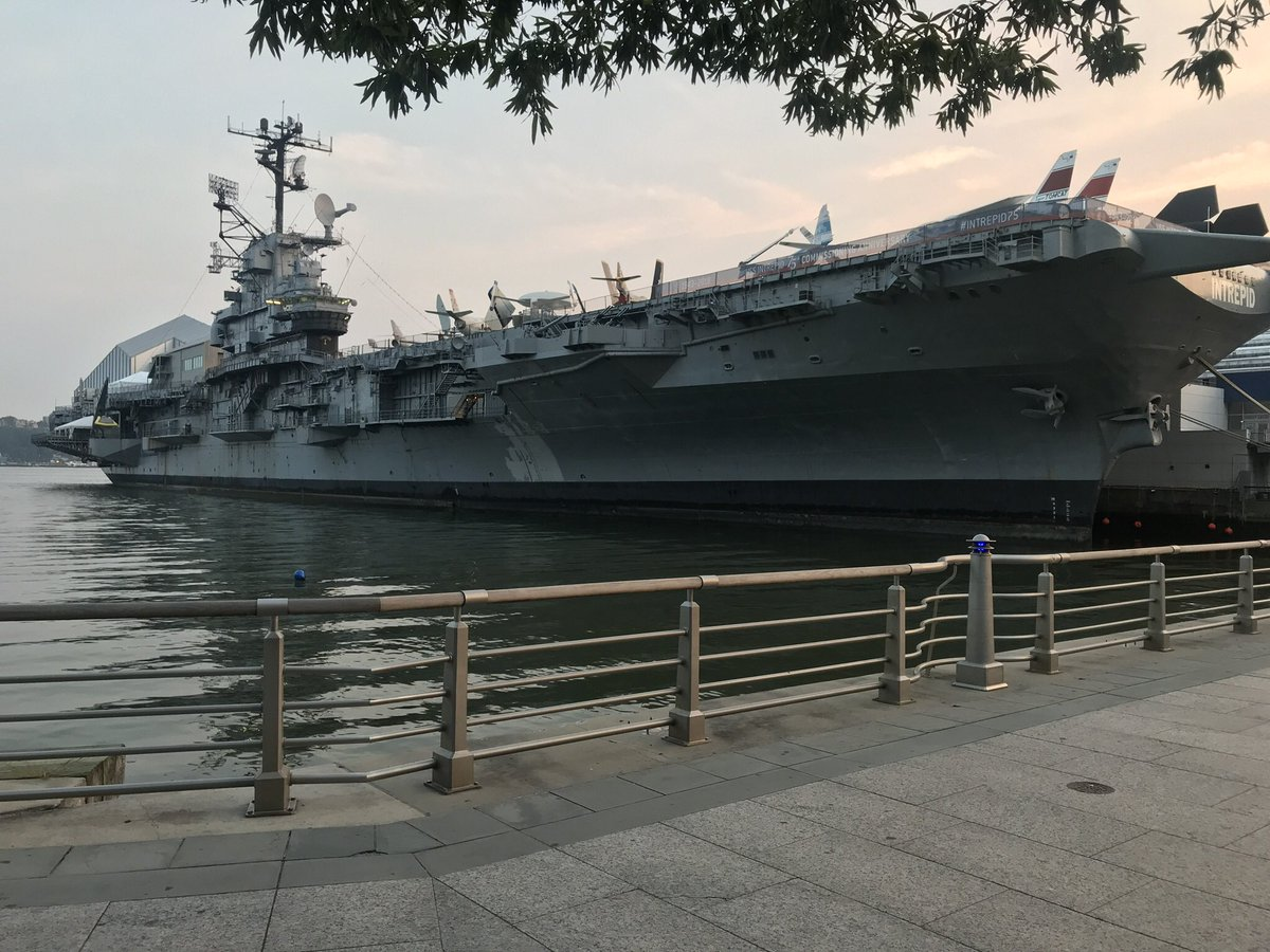 Today marks the 75th anniversary of the commissioning of the @ussintrepid. More than 300 former crew members are expected to attend.  - Stay tuned to #MorningsOn1 where @MHerzenberg will share the story of an original Intrepid crew member's time on the ship.  @NY1 #Intrepid75<br>http://pic.twitter.com/WXxH9vxJ5b