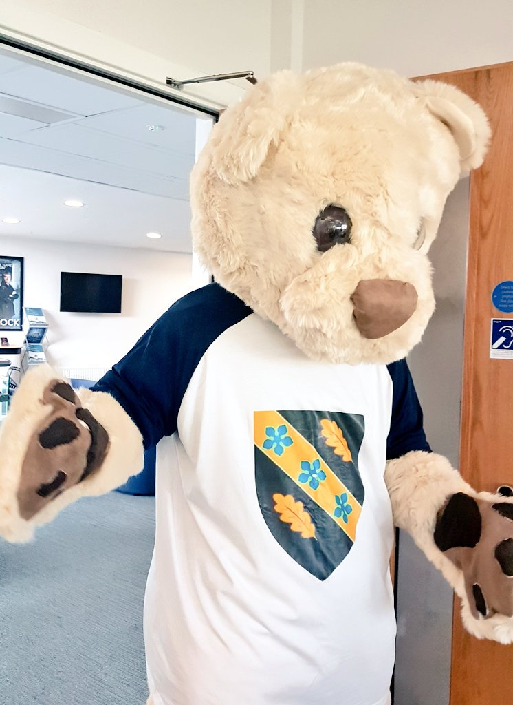 Watch out #Deio&#39;s about! Joining us in our #Clearing phone room @UWTSD. Call us on 0300 323 1828 to find out more about taking your place with us in 2018. #alevelresults2018 #UWTSD <br>http://pic.twitter.com/Ugu5MOtdiU