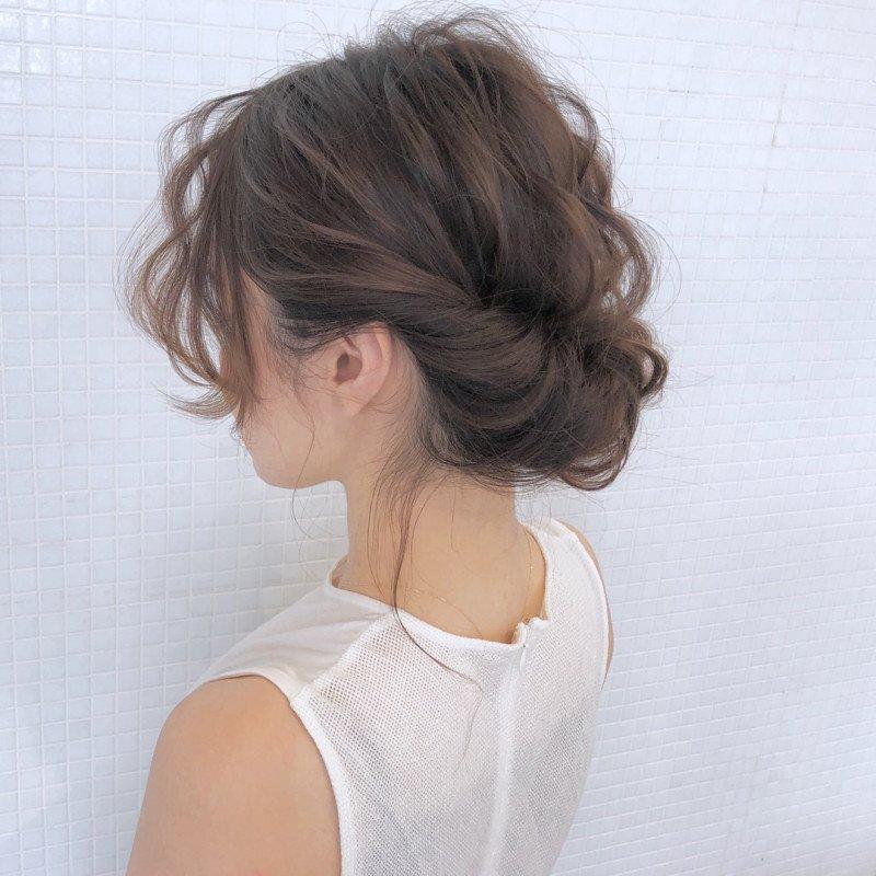 ✂️美容師が教える何にでも似合う万能ヘアアレンジ💇♀️✨ 「シンプルの中に奥深いものを感じルヘアアレンジです!」😍 #ヘアアレンジ #ギブソンタック ブログはこちら⬇️ ameblo.jp/cam-k/entry-12…