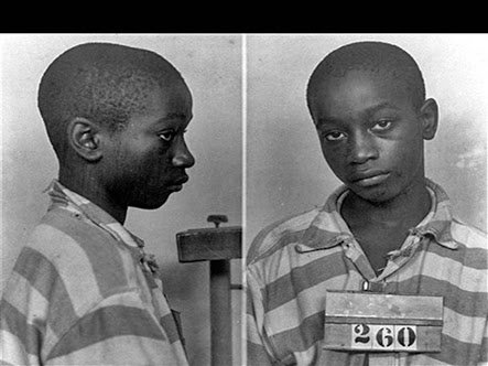 George Stinney Jr, the black BOY wrongfully convicted of murder in 1944. At just 14 he is one of the youngest in the 20th century sentenced to death in the US. Convicted in less than 10minutes,during a one-day trial by an all-white jury of the first-degree murder of 2 white girl<br>http://pic.twitter.com/VwE6r3nKPy
