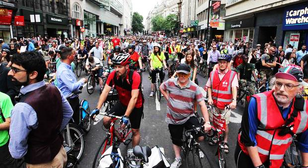 test Twitter Media - The name of the cyclist who died at Holborn yesterday has been released (https://t.co/mcL4zWKlfQ). Join our protest on Monday 20th at 6PM to send a message to the Mayor that he needs to urgently pick up the pace and deliver much more #spaceforcycling: https://t.co/VHTbfXyxL7 https://t.co/gkGP9TfVsE