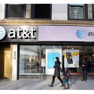 Customer Files $223m SIM Fraud Suit Against AT&amp;T  http:// dlvr.it/Qg47W7  &nbsp;  <br>http://pic.twitter.com/HXTrL5CJ31